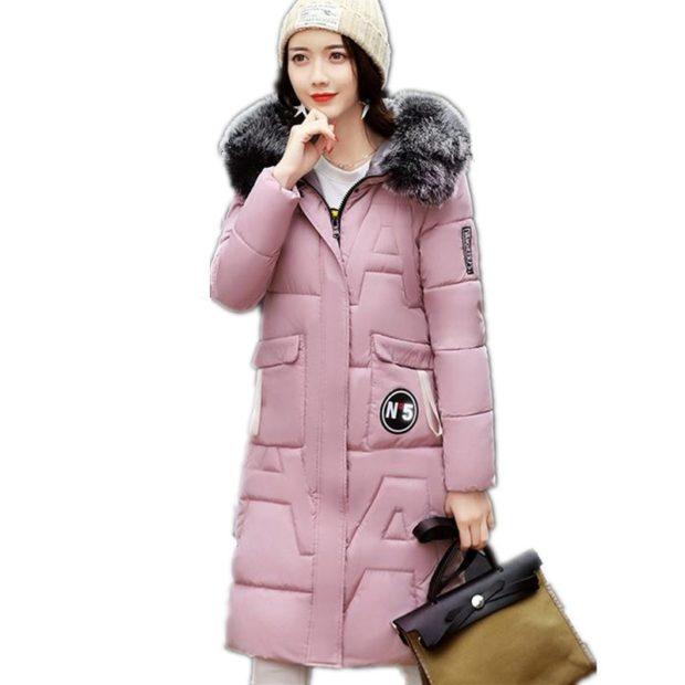 Какую шапку носить с курткой: под куртку с меховой опушкой светлая простая вязка