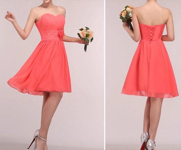 Коралловое платье с чем носить: короткое бюстье под каблук