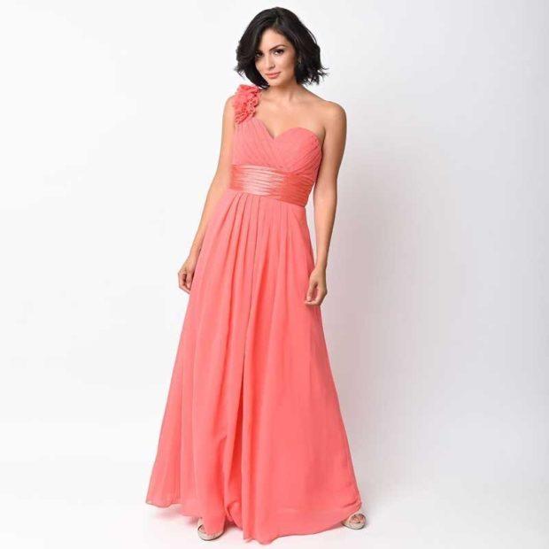 Коралловое платье с чем носить: на одно плечо длинное под каблук