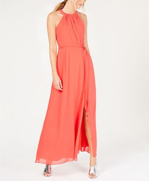 с чем носить коралловые платья: модный образ