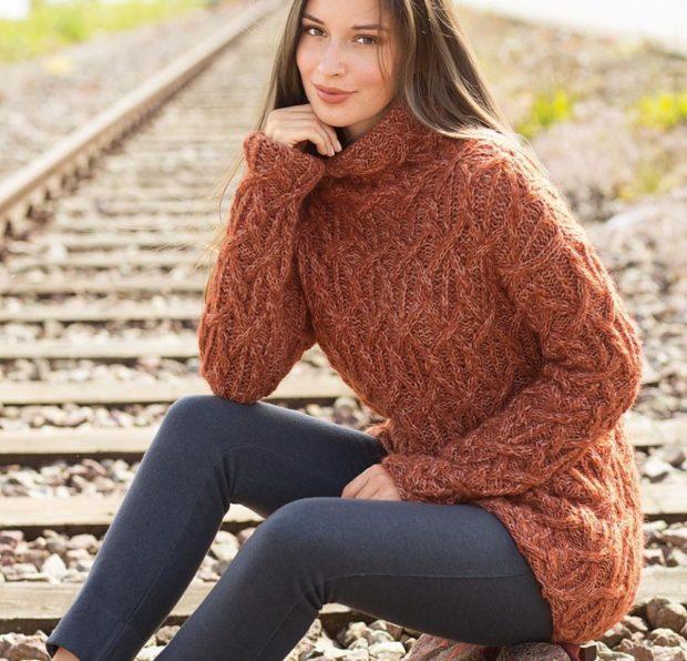 Луки осень-зима: свитер коричневый вязаный