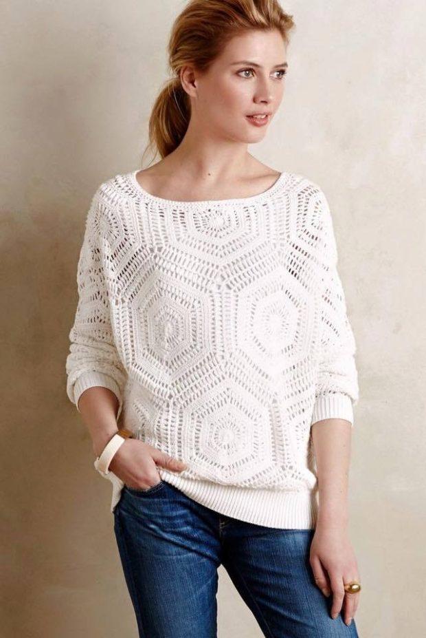 Луки осень-зима: ажурная вязка свитер белый