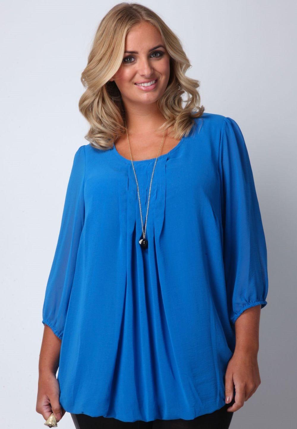 Мода для полных женщин 2018 фото за 40 лет: синяя блузка свободная