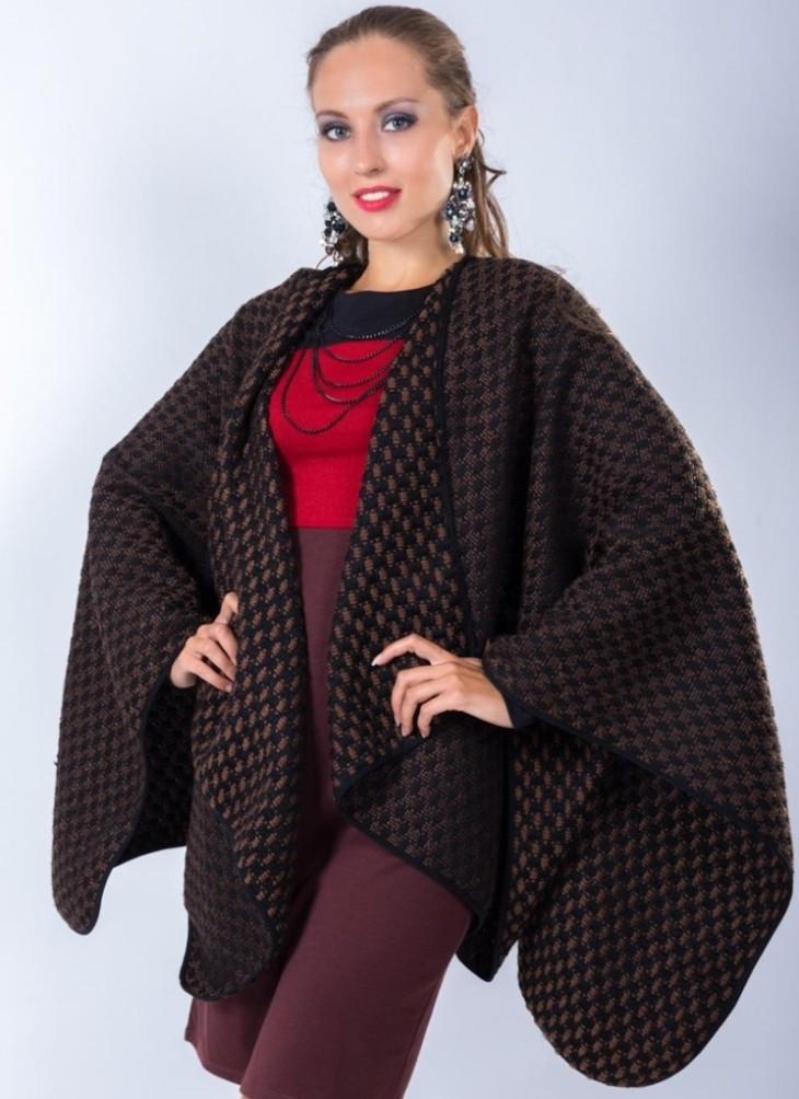 Мода для полных женщин 2018 фото за 40 лет:пончо коричневое