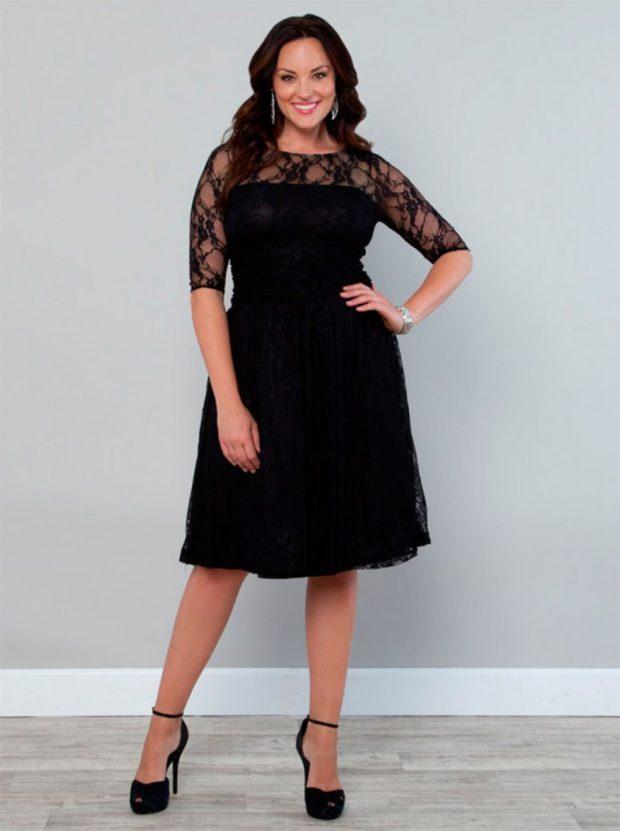 Мода для полных женщин 2020-2021 фото за 40 лет: черное миди кружевной рукав