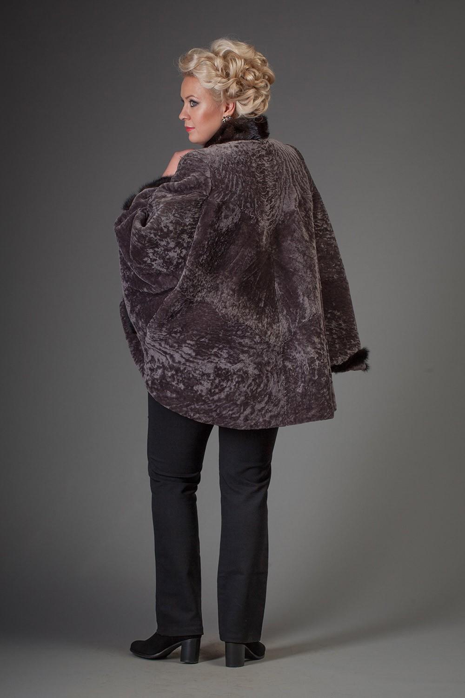 Мода для полных женщин 2018 фото за 40 лет: не натуральная серая шубка
