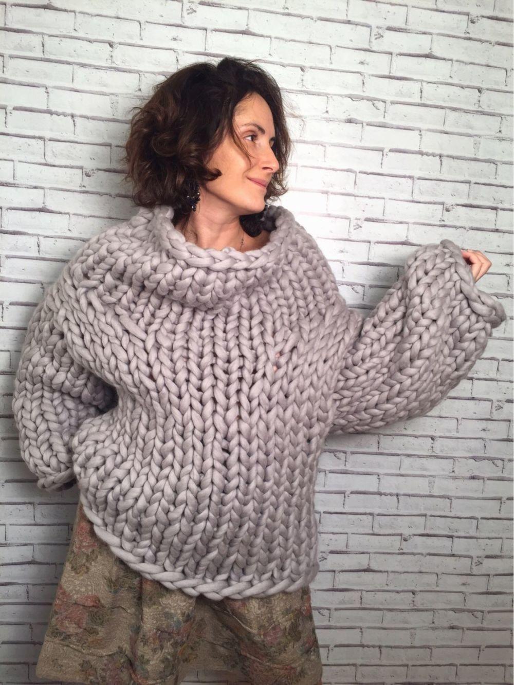 Модные свитера 2018 женские: крупная вязка серый