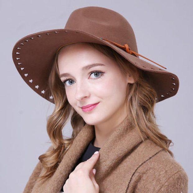 головные уборы на лето 2018: ковбойская шляпа коричневая со звездами