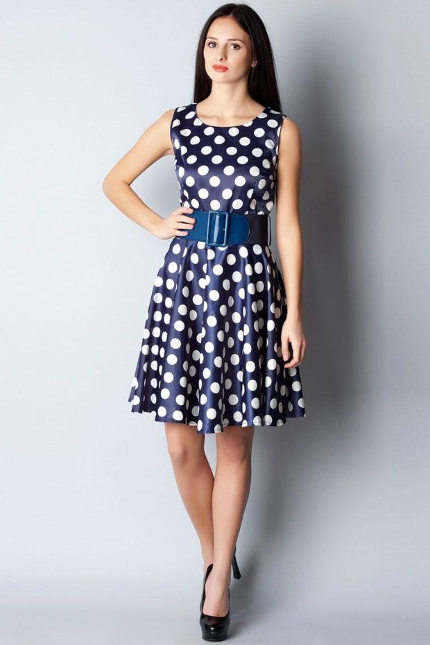 Модные образы весна лето 2020 на каждый день: платье с ремнем, в белый кружок