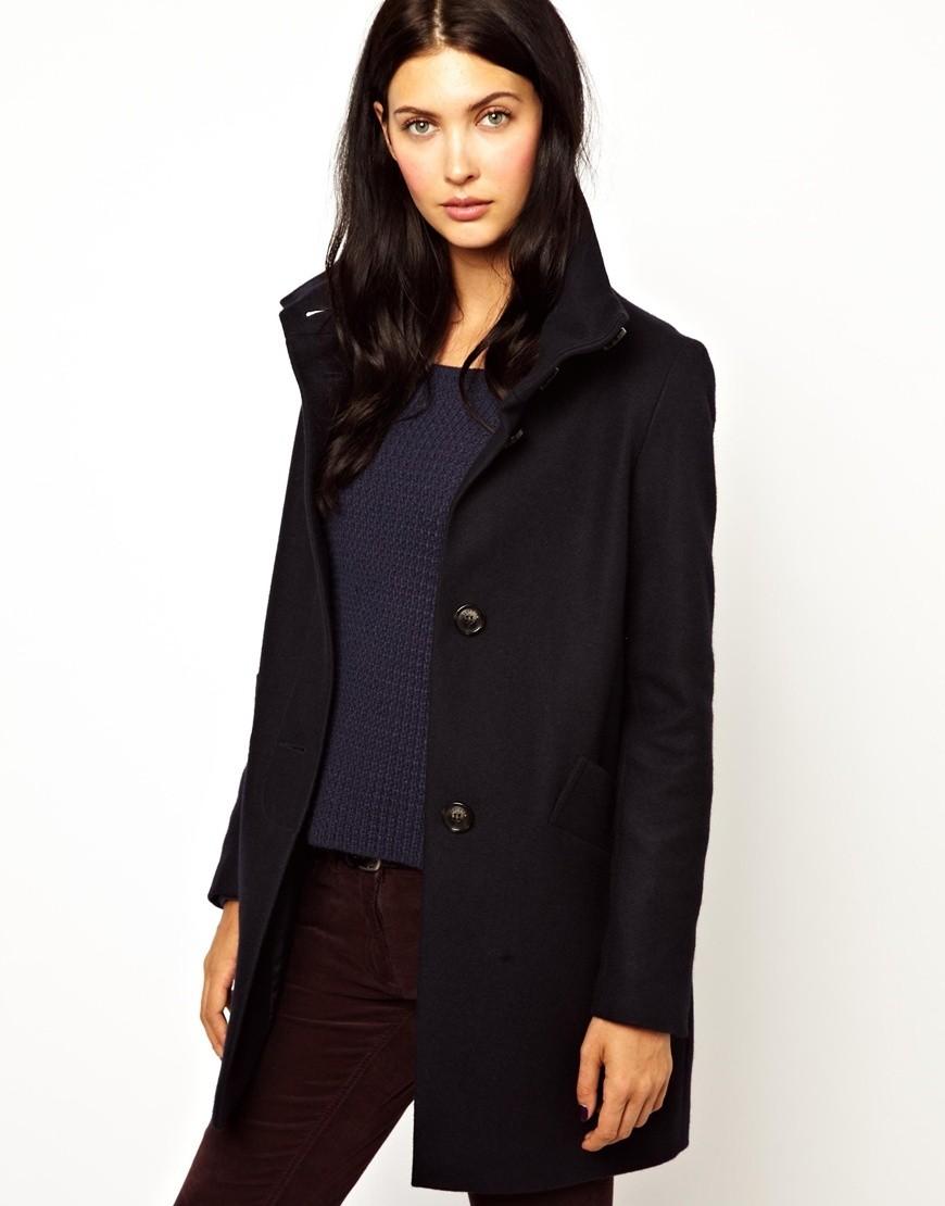 Модные образы весна 2018 на каждый день:пальто со стоячим воротником, черное