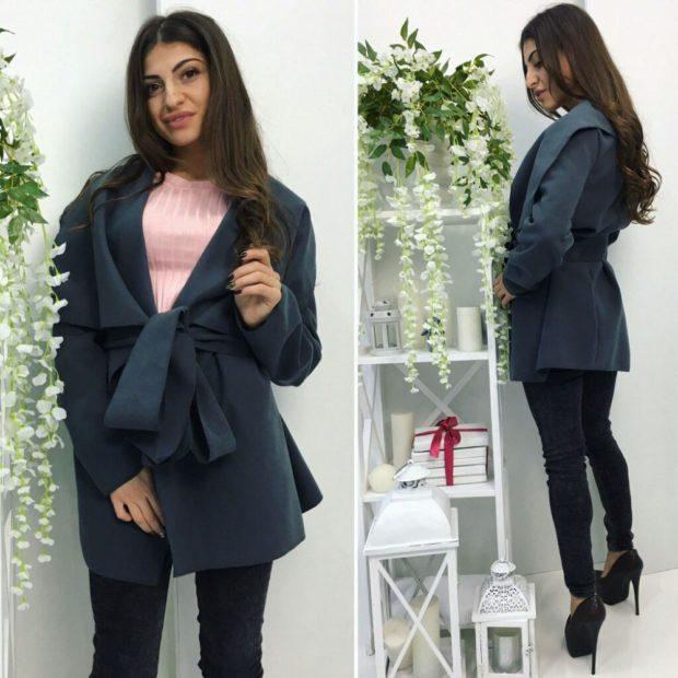Модные образы весна 2020 на каждый день: с пальто и с широким поясом брюки