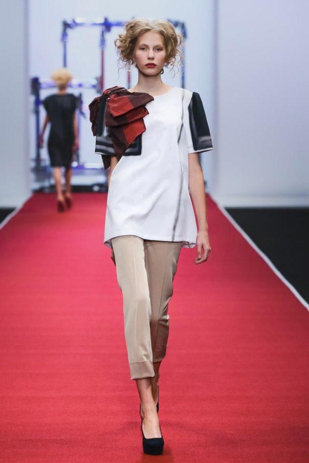 Модные образы весна 2020 на каждый день: яркие брюки,бежевые
