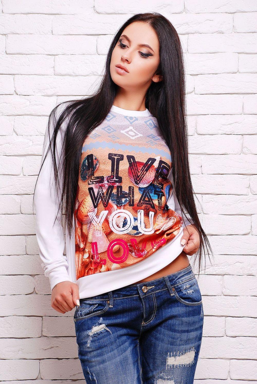 Модные образы весна 2018 на каждый день: свитшот с джинсами
