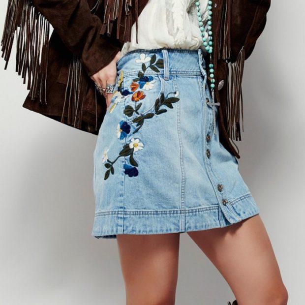 Модные образы весна 2018 на каждый день: джинсовая юбка с вышивкой