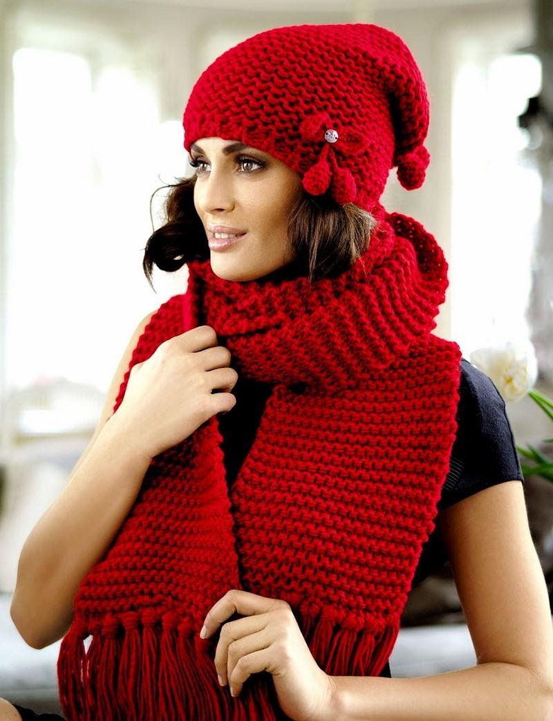 модный шарф 2018: красный шарф вязанный