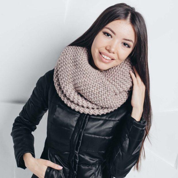 модный шарф 2018 2019: шарф хомут коричневый