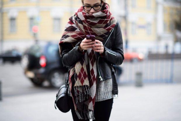 модный шарф 2018 2019: палантин в ромб