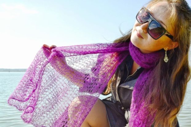 модный шарф 2018 2019: шарф ажурный фиолетовый