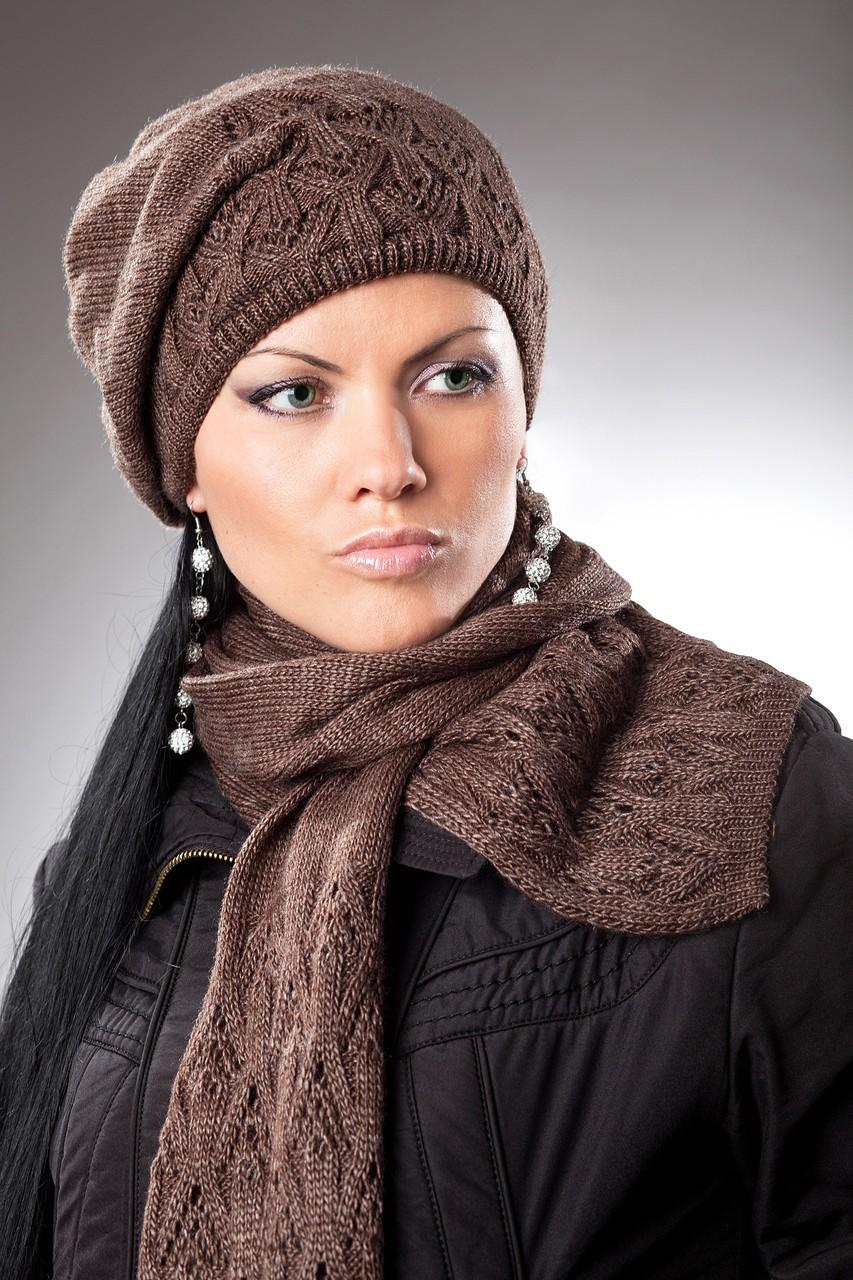 модный шарф 2018: коричневый вязаный