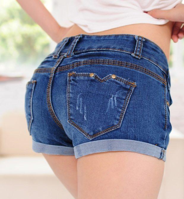 модные шорты 2019-2020: короткие джинсовые синие