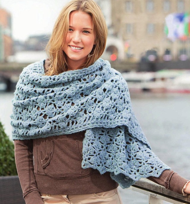 палантин с чем носить: вязанный как шарф на куртку