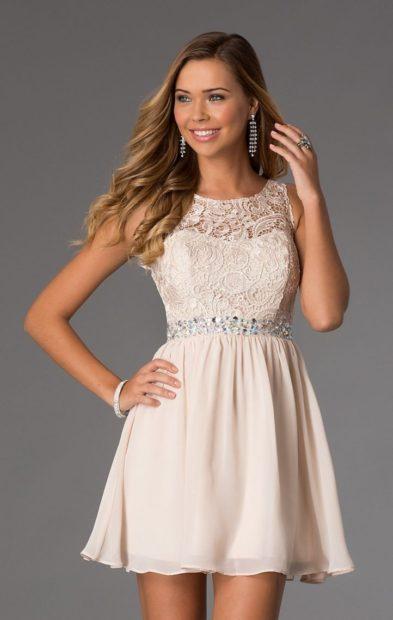самые красивые платья на выпускной 9 класс: короткое белое кружевной верх