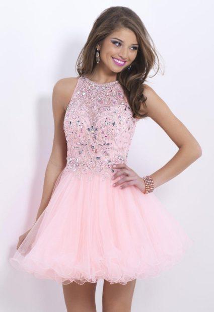78f02c7a8cb платья на выпускной 9 класс самые красивые  розовое открытые плечи юбка  пышная короткое