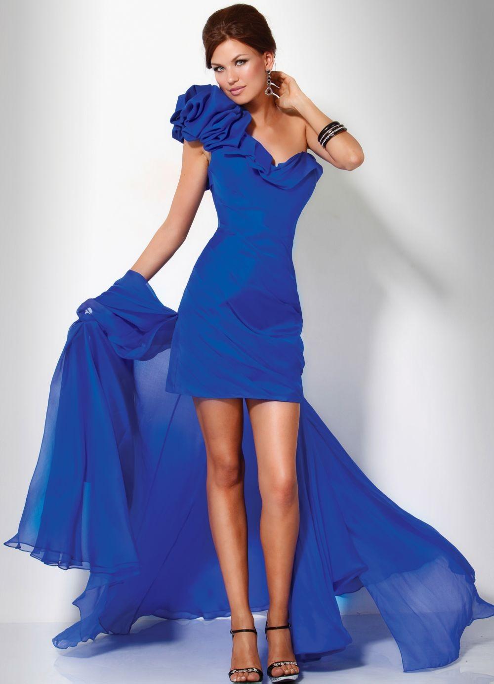 платья на выпускной 9 класс самые красивые: платье синее по фигуре