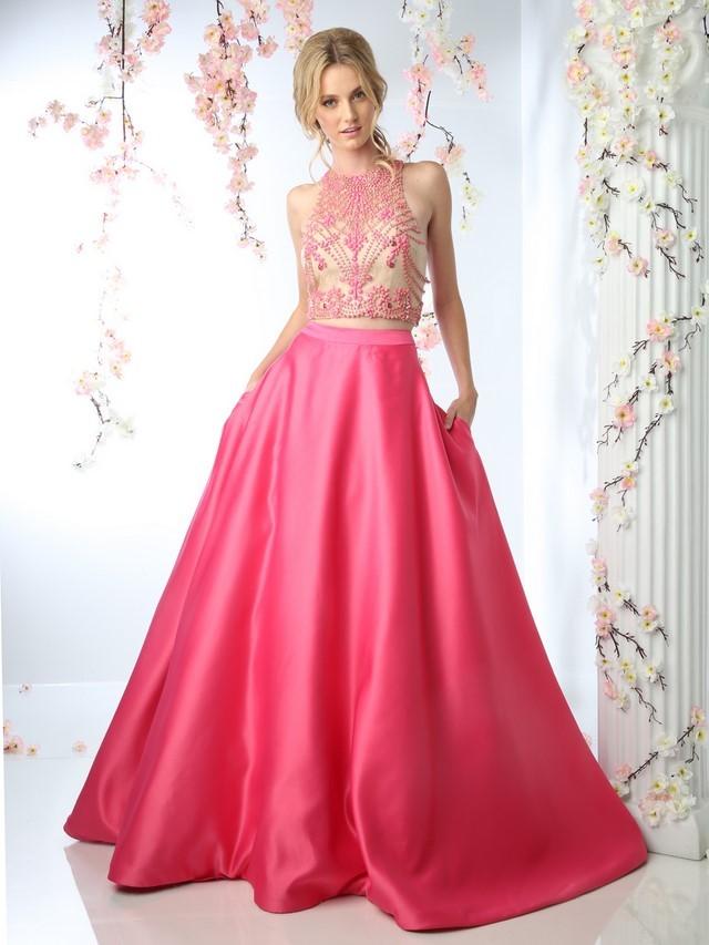 платья на выпускной 9 класс 2018 2019 год: розовое пышная юбка топ без рукава