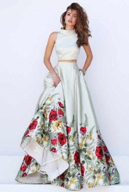платья на выпускной 2018 2019 9 класс фото самые красивые: топ белый юбка в цветы
