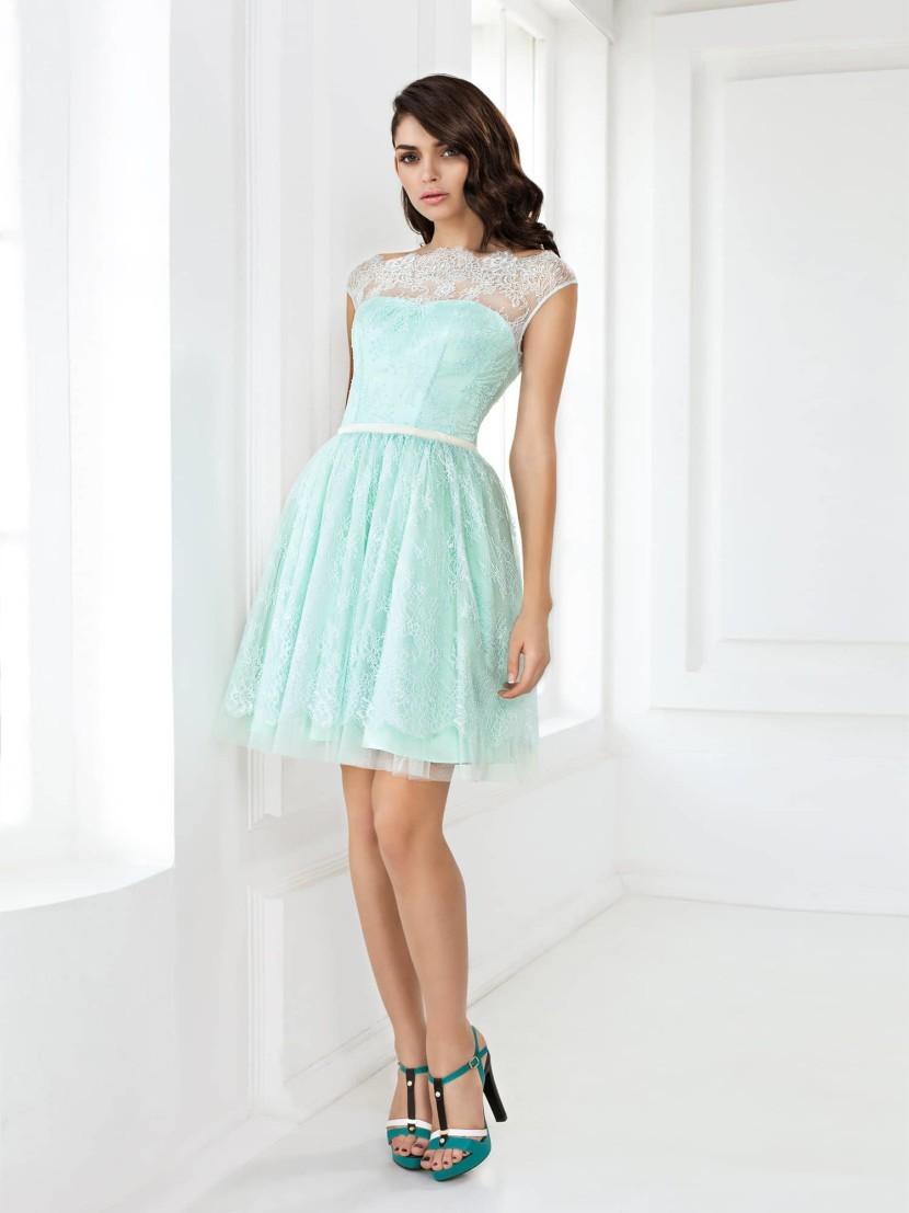 платья на выпускной 9 класс красивые: кружевное бирюзовое