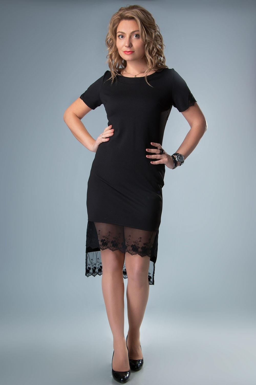 платья на выпускной 9 класс самые красивые: черное по фигуре