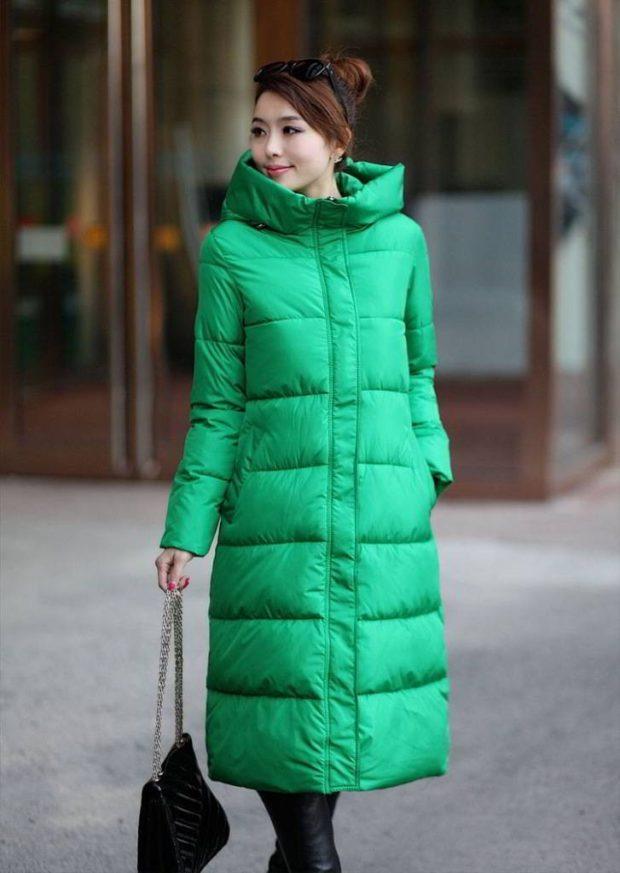 с чем носить пуховик: короткий зеленый длинный стеганый