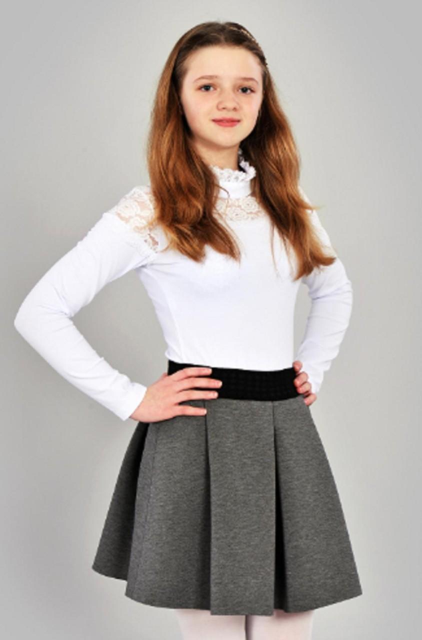 с чем носить серую юбку: серая юбка в складку под гольф