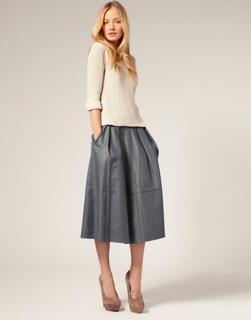 с чем носить серую юбку: серая миди свободная под кофточку