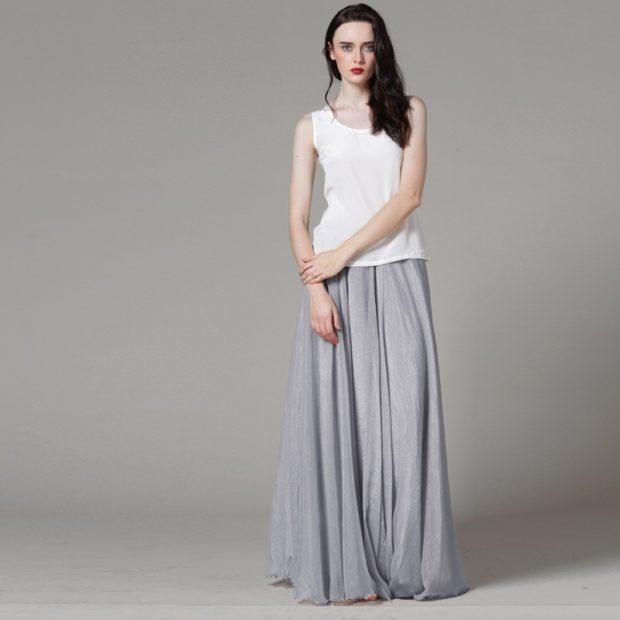 серая юбка с чем носить: в пол под белую майку