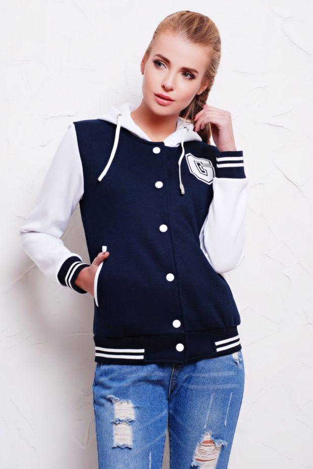 Спортивная верхняя одежда куртки-бомберы синего цвета