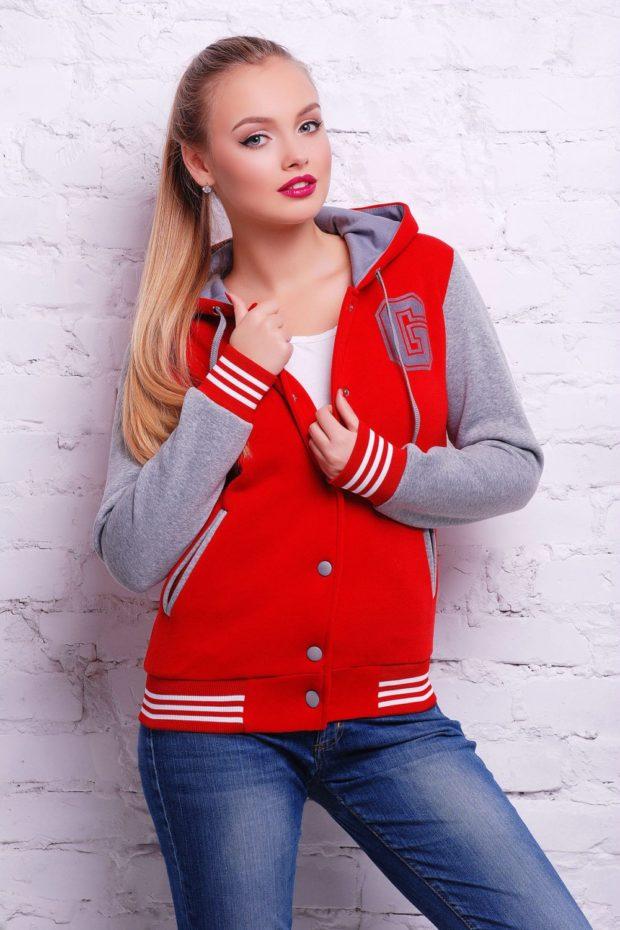 Спортивная верхняя одежда куртки-бомберы ярко красного цвета