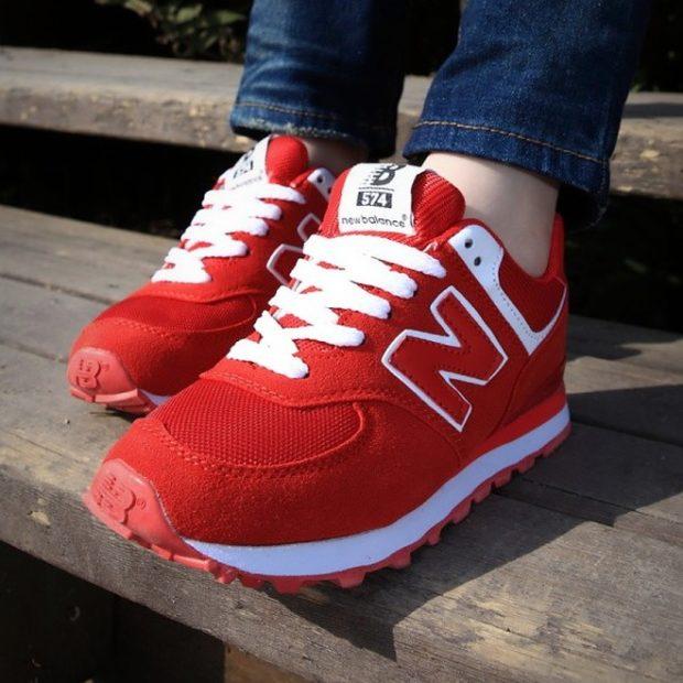 Спортивная обувь 2019-2020: кроссовки красного цвета