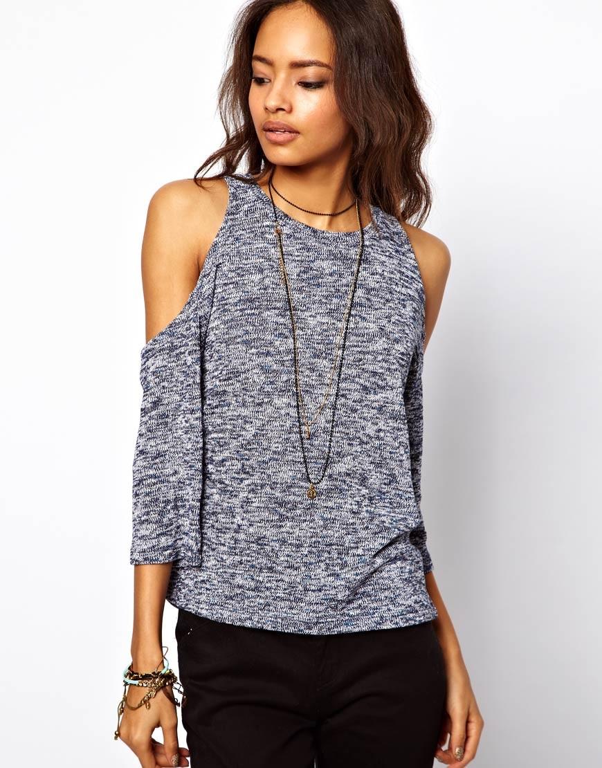 Модные свитера 2018 женские: вязаный свитер серого цвета