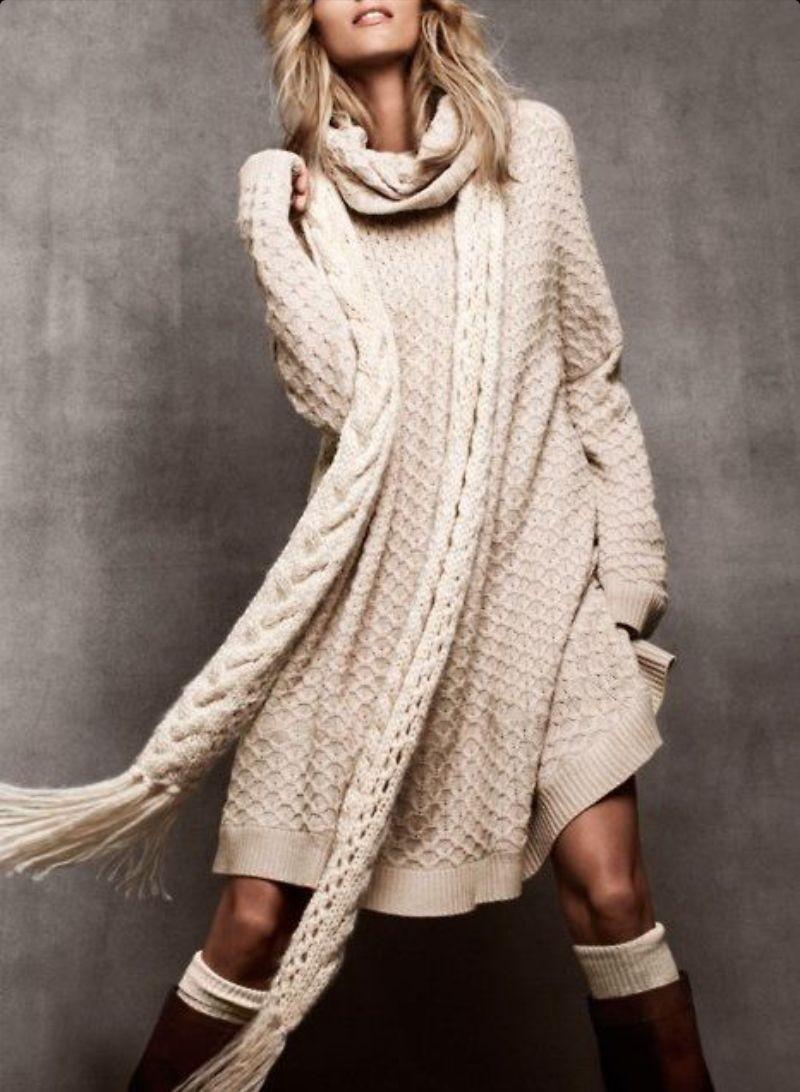 Модные свитера 2018 женские: свитер-асимметричный кремового цвета