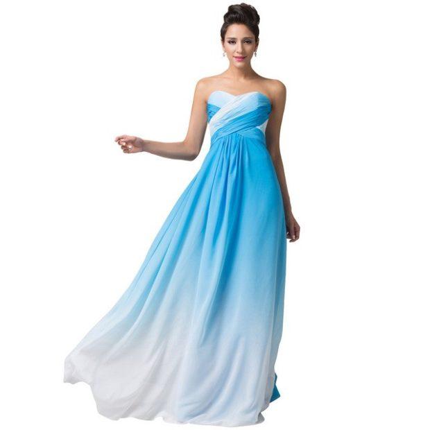 платья на выпускной в пол: голубое бюстье