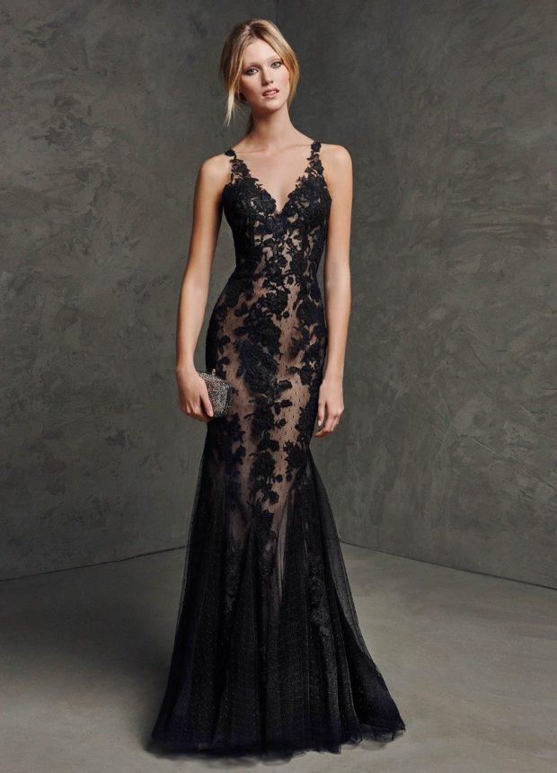 длинные платья на выпускной 2019: черное по фигуре кружевное без плеч