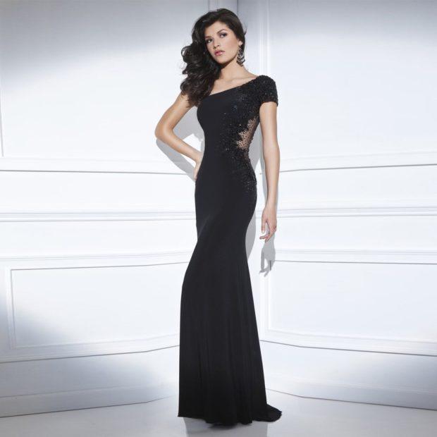 платья на выпускной 2019 в пол: русалка черное маленький рукав