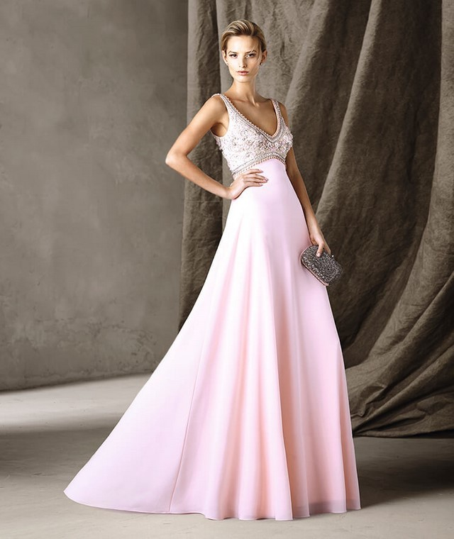 Вечерние платья 2018 фото новинки длинные на выпускной: розовая юбка верх из бисера