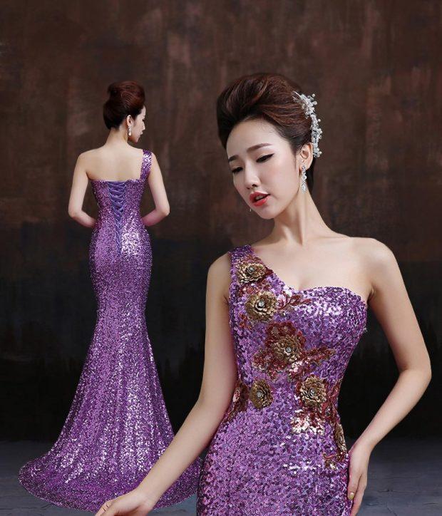 платье в пол на выпускной 2019: русалка фиолетовое на одно плечо с вышивкой