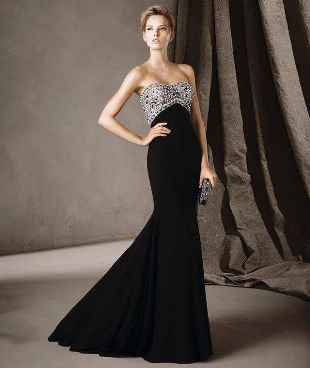 платья в пол на выпускной: черное с серебром бюстье