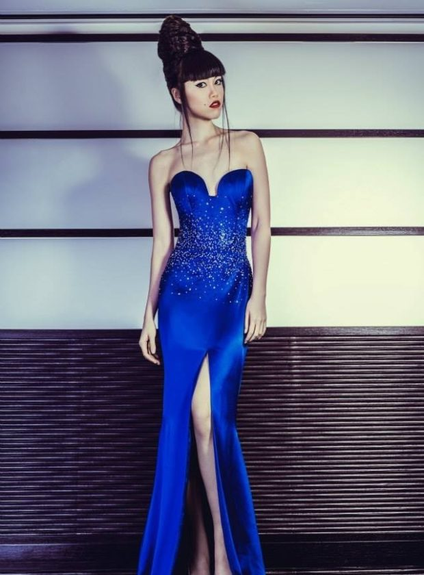 красивые платья на выпускной в пол: с разрезом синее бюстье