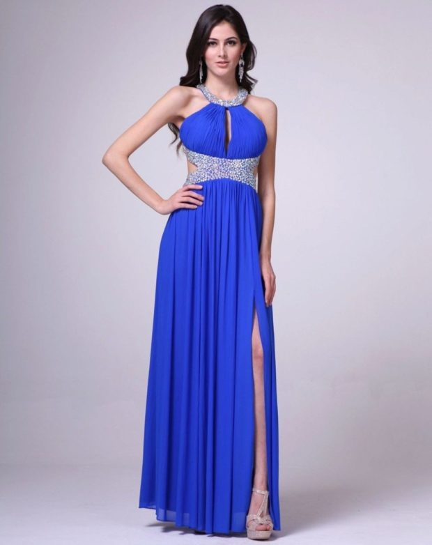 выпускные платья 2019 года длинные: греческий стиль синее с вырезом