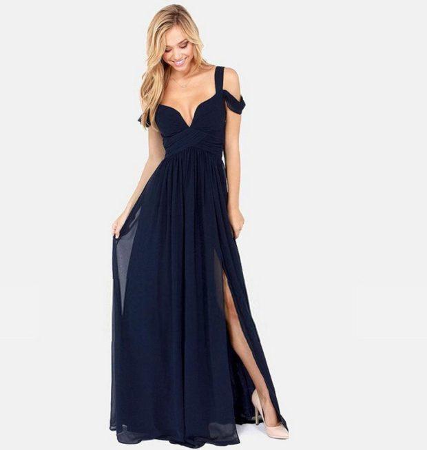 длинные платья на выпускной 2019: греческий стиль синее шифоновое